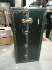 Vintage Antique Wardrobe Steamer Trunk W Drawers Coat Hangers Ect Baggage