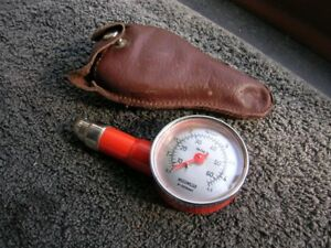 Red Motometer Vintage Car Tire Pressure Tool Box Gauge Accessory Leather Bag