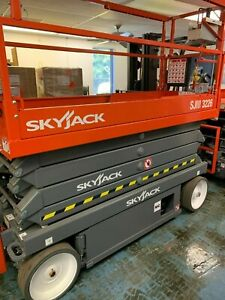Skyjack Dc Electric Scissor Lift Sjiii 3226 New