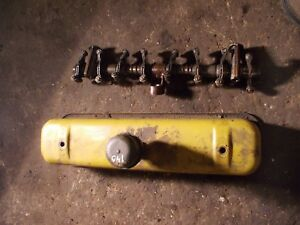 International 140 Tractor Orignal Engine Motor Rocker Arm Assembly Valve Cover