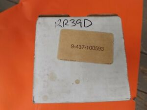 New In Box Filter Element 9 437 100593 Made In Usa For Grove Cranes