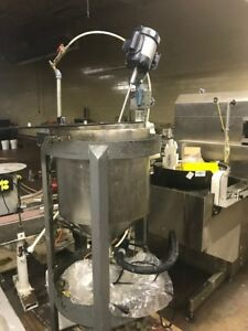 12664 006 Used Approx 20 Gallon Stainless Steel Mix Tank With Clamp On Agitator