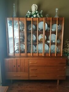 Mid Century Modern Dining Room Set Table W 6 Chairs And China Cabinet