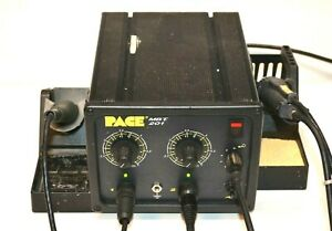 Pace Mbt 201 Soldering And Desoldering Station With Stands