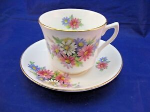 Vintage Fine Bone China Tea Cup And Saucer By Crownford Made In England