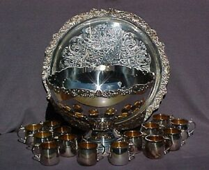 Vintage Silver Plated Towle Punch Bowl With Tray And 14 Cups Has Some Tarnish