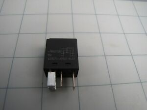 Te Connectivity V23074 a2001 a403 12v Plug in Micro Automotive Relay New