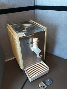 Crathco Wd15 4 Cold Beverage Dispenser Base Only Excellent Working Condition