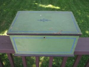 Antique Dovetailed Miniature Blanket Chest Orig Apple Green Paint