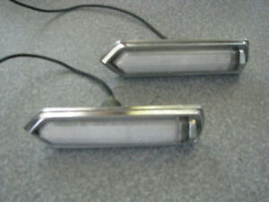1975 1979 Chrysler Cordoba Opera Light Pair Assembly Sail Opera Light