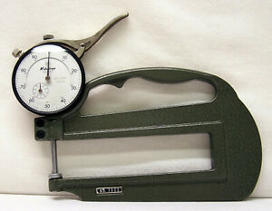 Mitutoyo Dial 7322 Thickness Gauge Japan Case 0 001 1 000 Dial Ind