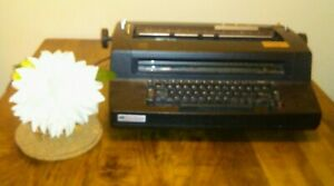 Ibm Correcting Selectric 3 Iii Typewriter Black Great Condition