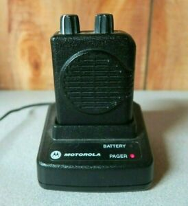 Motorola Minitor V 5 2 channel Vhf Pager 151 159 Mhz With Charger