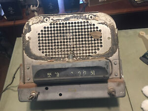 Vintage 1940 s Chevrolet Car Radio Oem Original Condition Chevy With Speaker