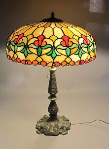 Gorgeous Wilkinson Antique American 25 Leaded Stained Glass Lamp C 1915