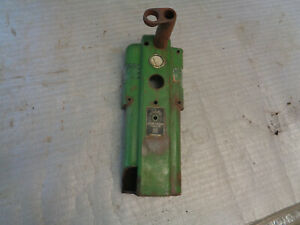 John Deere M Mi Mt Mc Instrument Panel And Steering Shaft Support