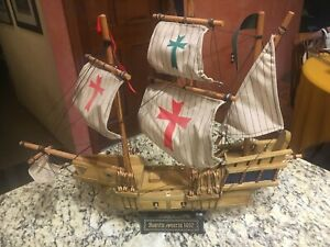 Vintage 20 Santa Maria 1492 Wooden Ship Model W Stand Exc Cloth Sails
