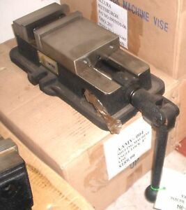 Accura Aamv 004 4 Quality Angle Locking Milling Vise