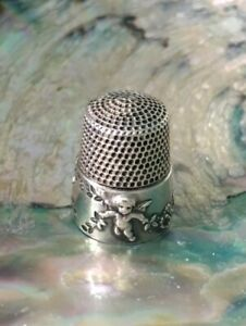 Vintage Sterling Silver Thimble Simons With Lovely Cherub Design