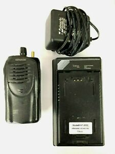 Kenwood Tk 2160 16 Channel Vhf 136 174 Mhz 5w Portable Radio W Charger 3