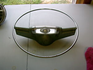 1953 1954 Oldsmobile Horn Ring With The World In It D 8 19