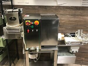 Commercial Pasta Maker Machine Pasta Extruder Equipped With Most Attachments