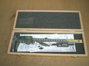 Fowler 8 Digital Caliper 221250 With Storage Case Water Resistant