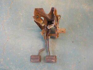70 71 72 Mopar A Body Clutch Pedal Assembly Heavy Duty Bearing Type 340 4 Speed