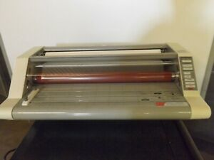 Gbc Heatseal Ultima 65 27 Roll Laminator Laminating Machine