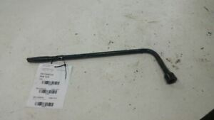 2004 Chevy Trailblazer Spare Tire Changing Tools