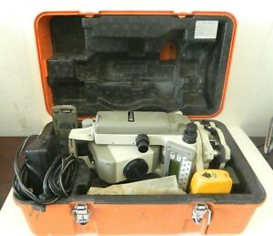 Nikon Dtm 520 Total Station Surveying Equipment W Case