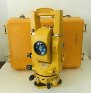 Topcon Gts 2 Theodolite Total Station Surveying Equipment W Case