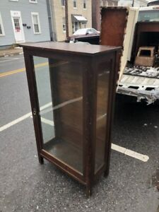 Antique Mission Oak Arts And Crafts Stickley Or Stickley Style Cabinet Cupboard