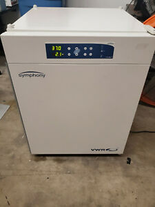 Vwr Symphony 5 3a Air Jacketed Co2 Incubator Laboratories Culture Cell Growth
