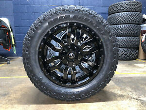 20x9 Fuel D595 Sledge Wheels Rims 33 Toyo Tires 6x135 Ford F150 Expedition