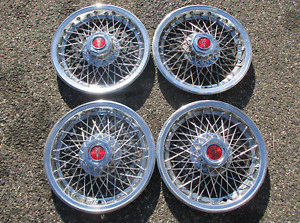 1977 To 1981 Pontiac Bonneville Firebird Wire Spoke 15 Inch Hubcaps Wheel Covers