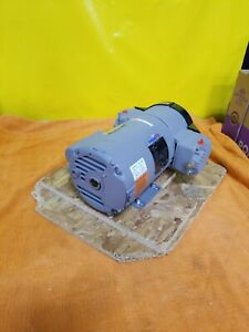 Thomas 270073 Piston Air Compressor 1 2hp 230v Only