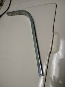 1964 1965 1966 Plymouth Barracuda Quarter Window Trim Moulding Lh Drivers Side