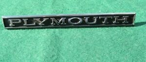 1968 Plymouth Valiant Grille Emblem W Studs 2786044