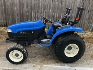 2001 New Hollland Tc33d 4wd Compact Tractor Shipping And Financing Available