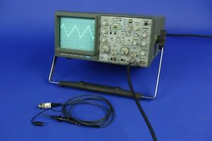 Hitachi V 1065 100mhz Oscilloscope With Hitachi At 10ak Probe