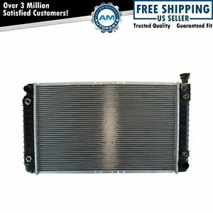 Radiator New For Chevy Gmc C k Pickup Truck Suburban W Engine Oil Cooler