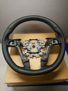 Genuine Gm Holden Ve Commodore Black Leather Perforated Steering Wheel 92194401