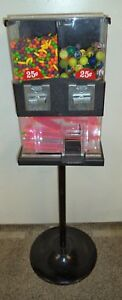 Vintage Capsule Vending Machine 25 Cent Vend With Candy capsules Key