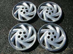 Genuine 1995 To 1999 Chevy Cavalier Bolt On 15 Inch Hubcaps Wheel Covers