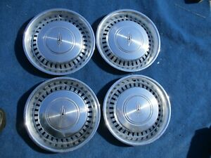 1975 1976 1977 Oldsmobile Cutlass 15 Wheel Cover Hub Cap Set Of 4 Original Gm