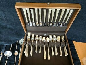 1847 Rogers Bros Silverplate Flatware Silver Lace 85 Pieces Service For 12