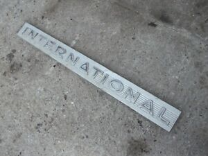 International 460 Utility 460u Tractor Hood Side Chrome Emblem