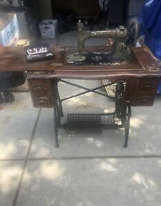 Antique Treadle Sewing Machine Cabinet White Usa 1900 S 6 Drawer