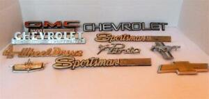 Lot Of 10 Vintage Automobile Truck Emblems Chevrolet Ford Mustang Gmc